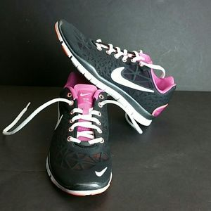 NIKE FREE TR FIT 5.0 WOMEN SHOES